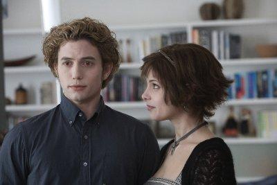 Jasper y Alice Cullen. Uno de estos dos vampiros no ha ido al baño en dos semanas.