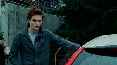 Edward Cullen (Robert Pattinson): la piel bronceada ha dejado de estar de moda, señor Palazuelos.