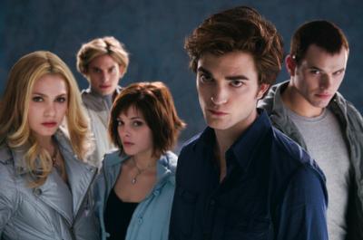 Los Hermanitos Cullen: todo menos del montón.