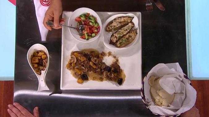 Gina hizo esto en menos de una hora. Yo no puedo ORDENAR comida árabe en menos de una hora.